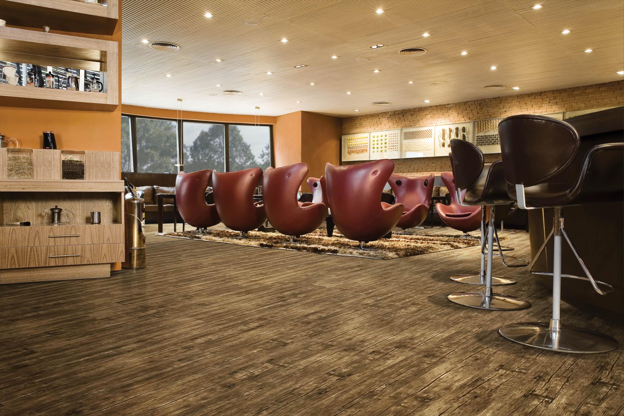 Inove: pisos rústicos para decorar o escritório Blog RC Pisos #966835 2362x1575