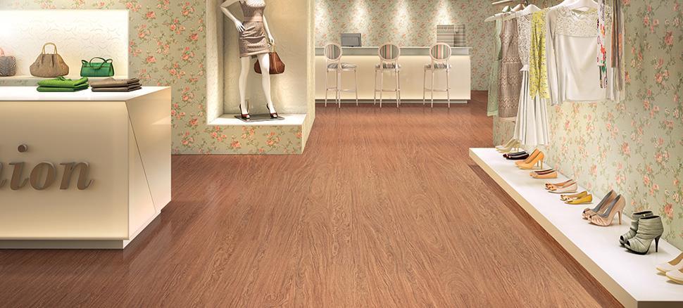 Piso laminado Floorest Vision. Com encaixe Uniclic, torna o processo de instalação mais rápido, prático e sem sujeira, podendo ser colocado por cima do piso antigo